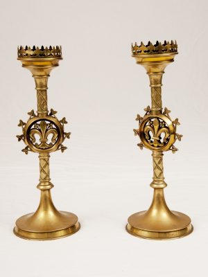 A pair of brass candlesticks-0