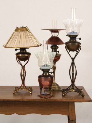 A collection of rare table lamps -936