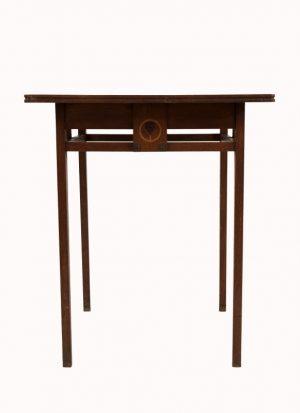 An inlaid oak table -962