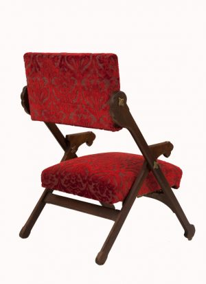 An oak folding armchair -1020