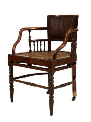 A pair of chairs -1125