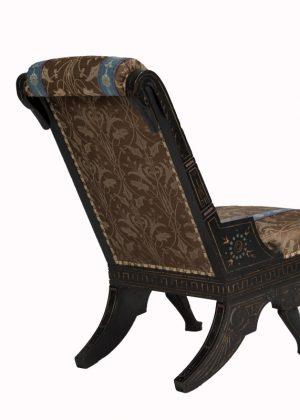 A rare chair -1582