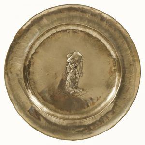 A set of five Alice In Wonderland brass chargers -1758