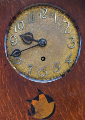 A rare inlaid oak mantle clock -1814